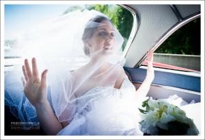 La mariée dans sa voiture