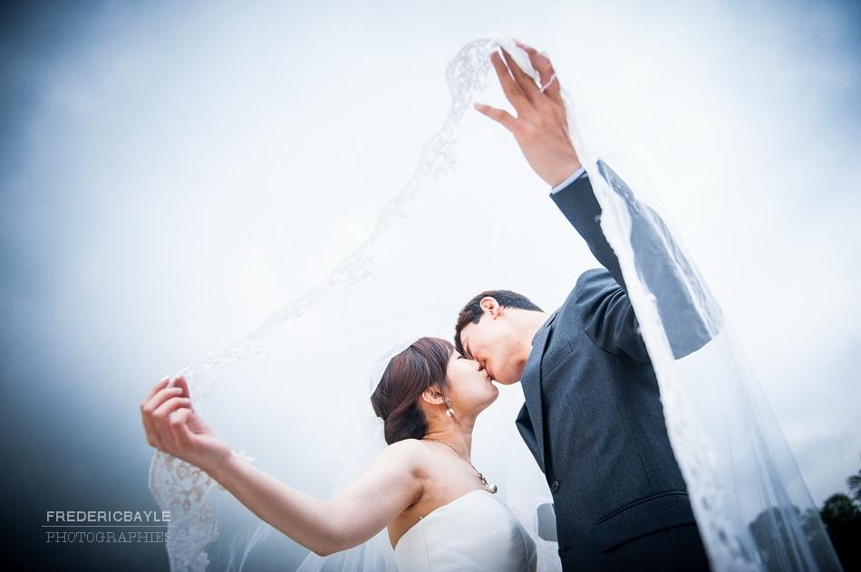photos couple chinois à Paris pour engagement mariage