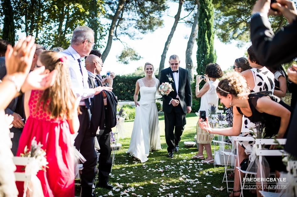 entrée de la mariée avec son père
