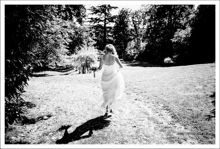 La mariée part pour la cérémonie civile