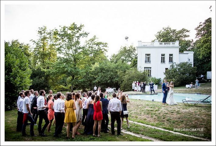 Photo en gros plan des mariés