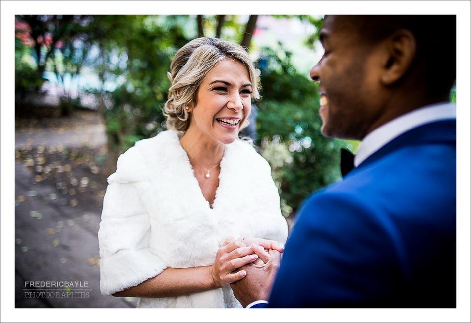 La mariée est heureuse