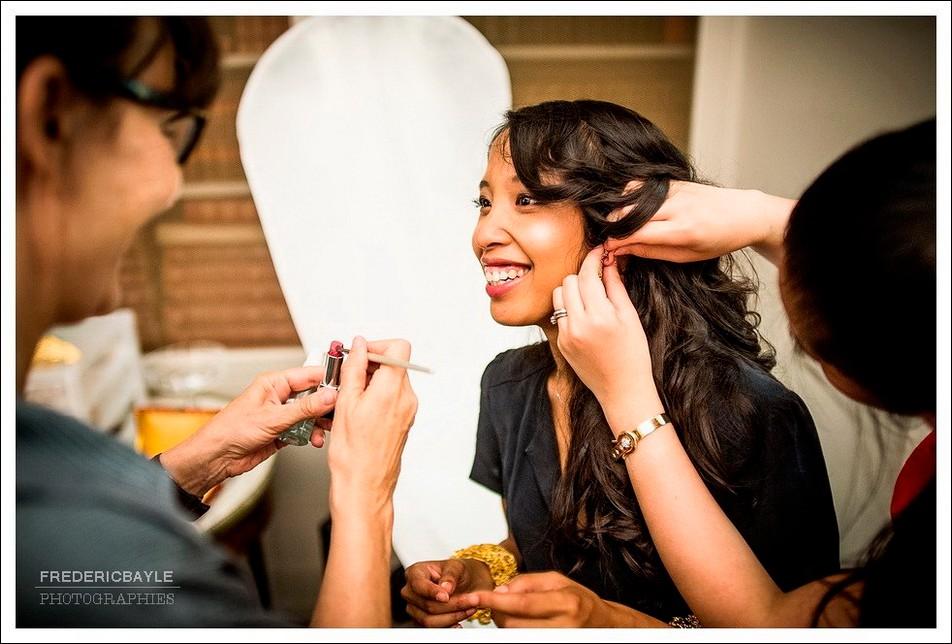 préparatifs de la mariée : retouche de coiffure