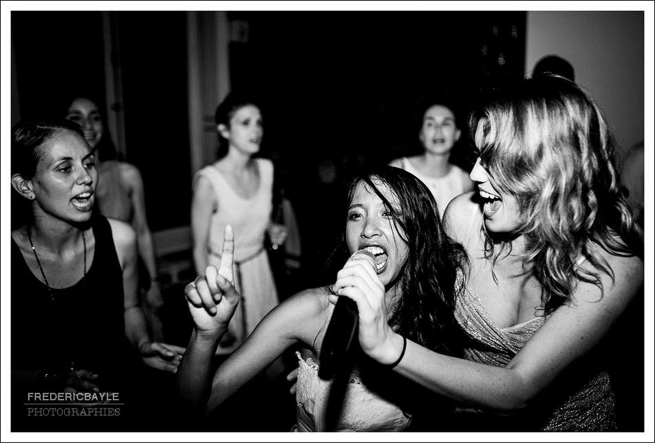 La mariée chante