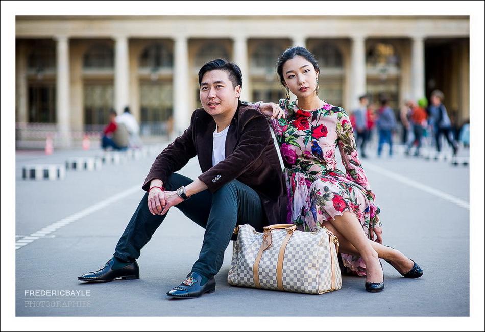 femme chinoise habillée en Dolce Gabbana