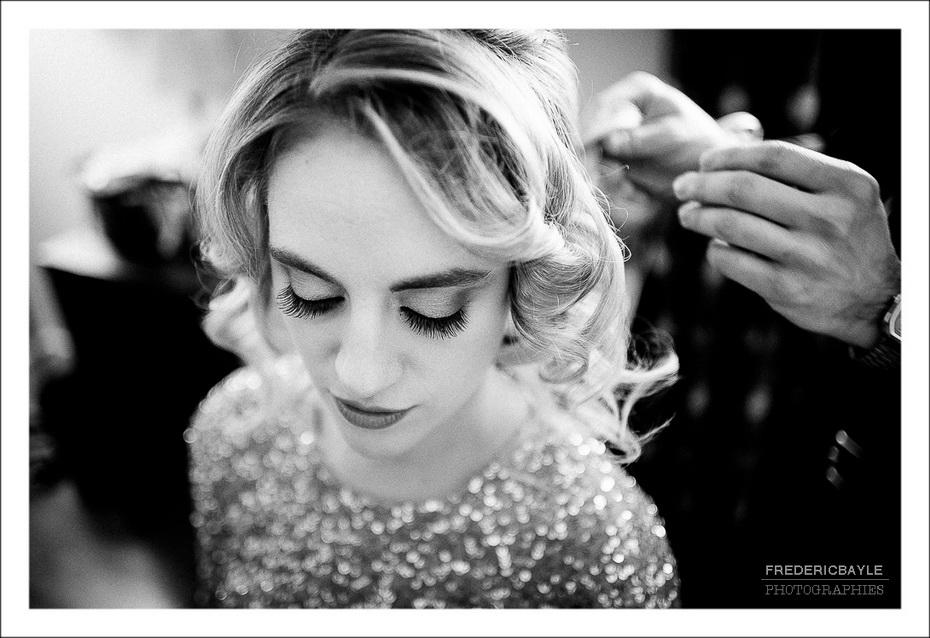 préparatifs de la mariée à Lyon, gros plan sur son visage