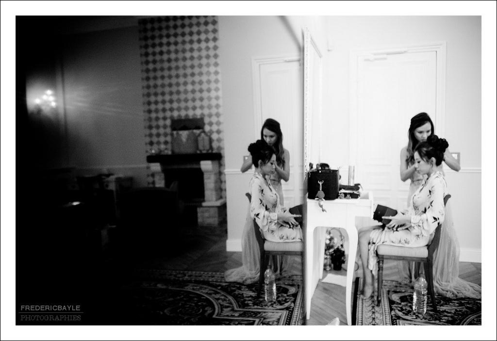 changement de robe de la mariée pour la seconde cérémonie