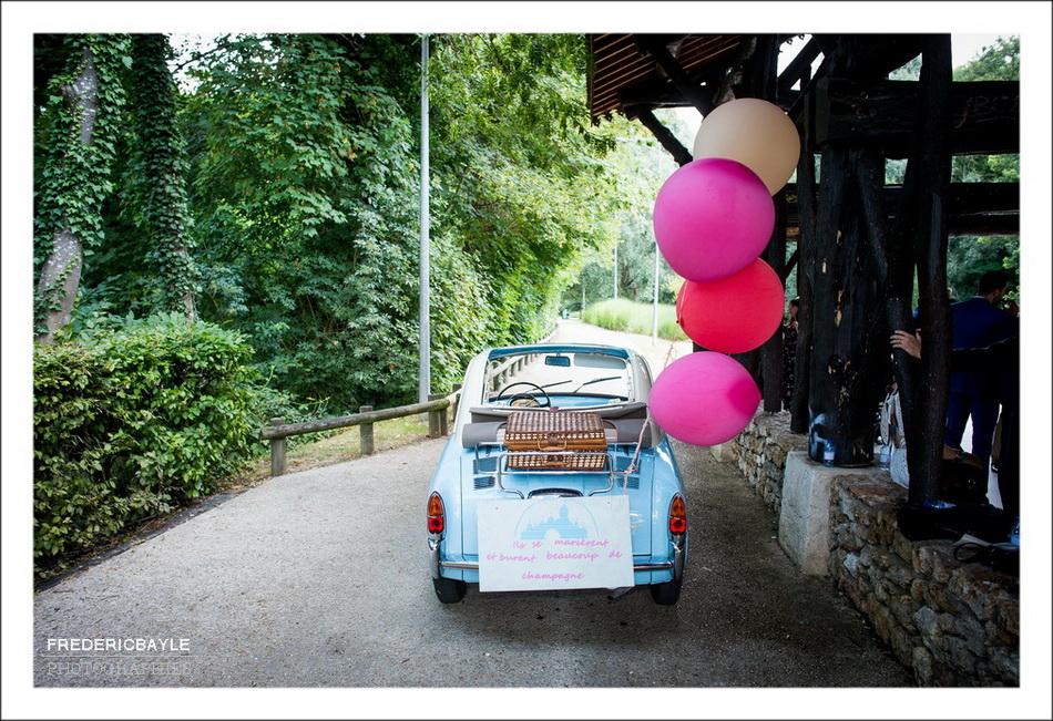 Plan de la voiture des mariés