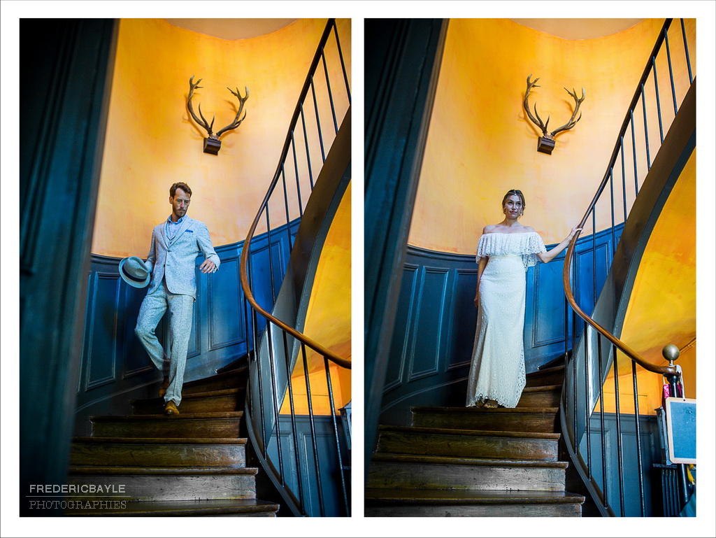 double vue des mariés descendant les escaliers avant la rencontre