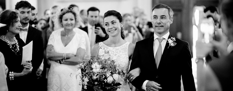 entrée à l'église de la mariée