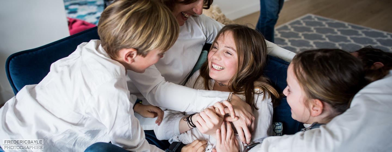 scène de vie en famille avec les enfants, reportage famille près de Paris