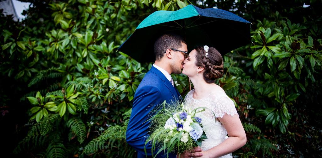Mariage par temps pluvieux : mariage heureux !