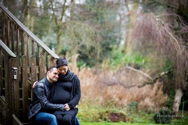 femme enceinte et son mari durant la grossesse