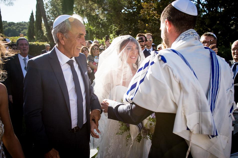 arrivée de la mariée au bras de son père