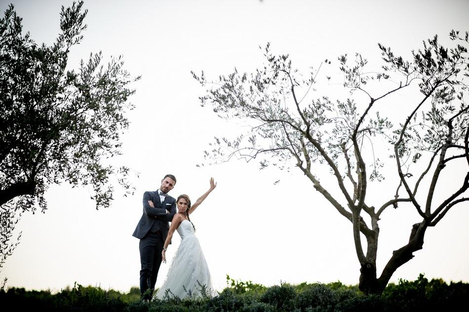photo marrante des mariés à la Tour Vaucros