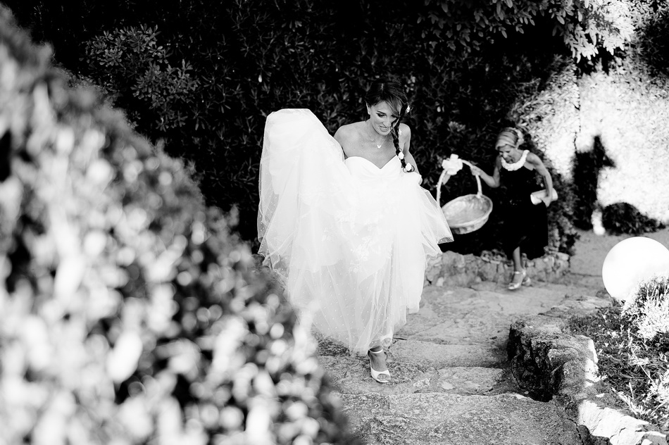 l'arrivée de la mariée au vin d'honneur